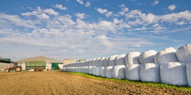 HL-TopMix стартира програма за качествено приложение на инокуланти за тревен и царевичен силаж