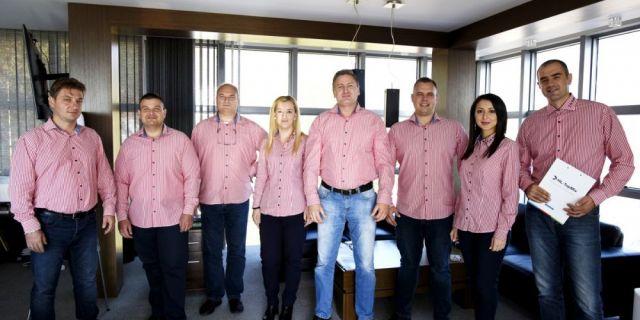 HL-TopMix взема участие в Националното изложение на френските породи в Сливен