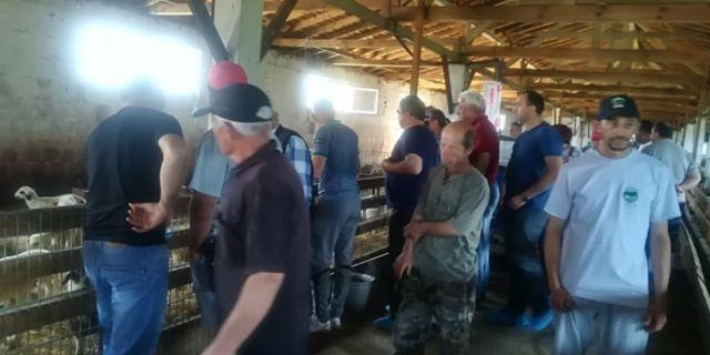 Демонстрационният ден във фермата на Рейхан Ружди събра овцевъди от Бургаска област
